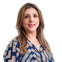 Adriana Rocha; ?>